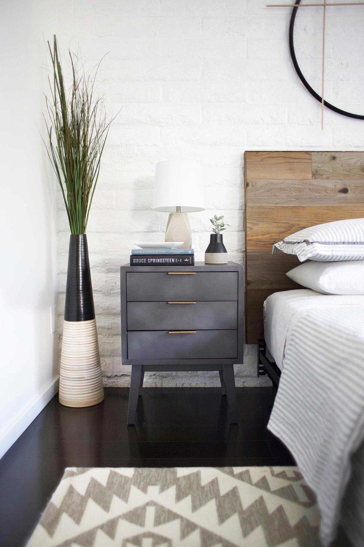 DIY reclaimed wood headboard bedroom makeover nightstand