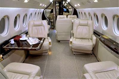 falcon2000int.jpg