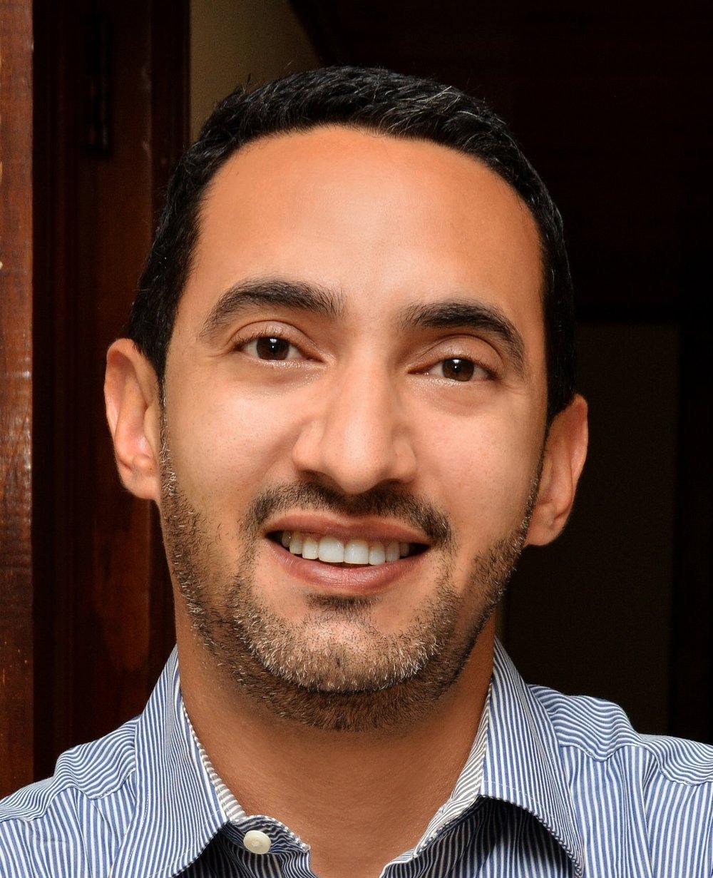 Osvaldo R. Martinez-Clark