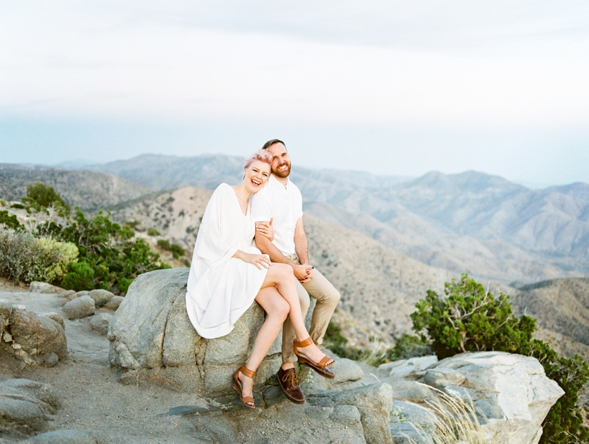 joshua-tree-engagement-photography_0021.jpg