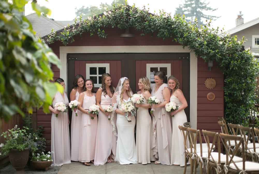 Olivia_Ashton_Photography_Backyard_Wedding_Portland_Oregon_2