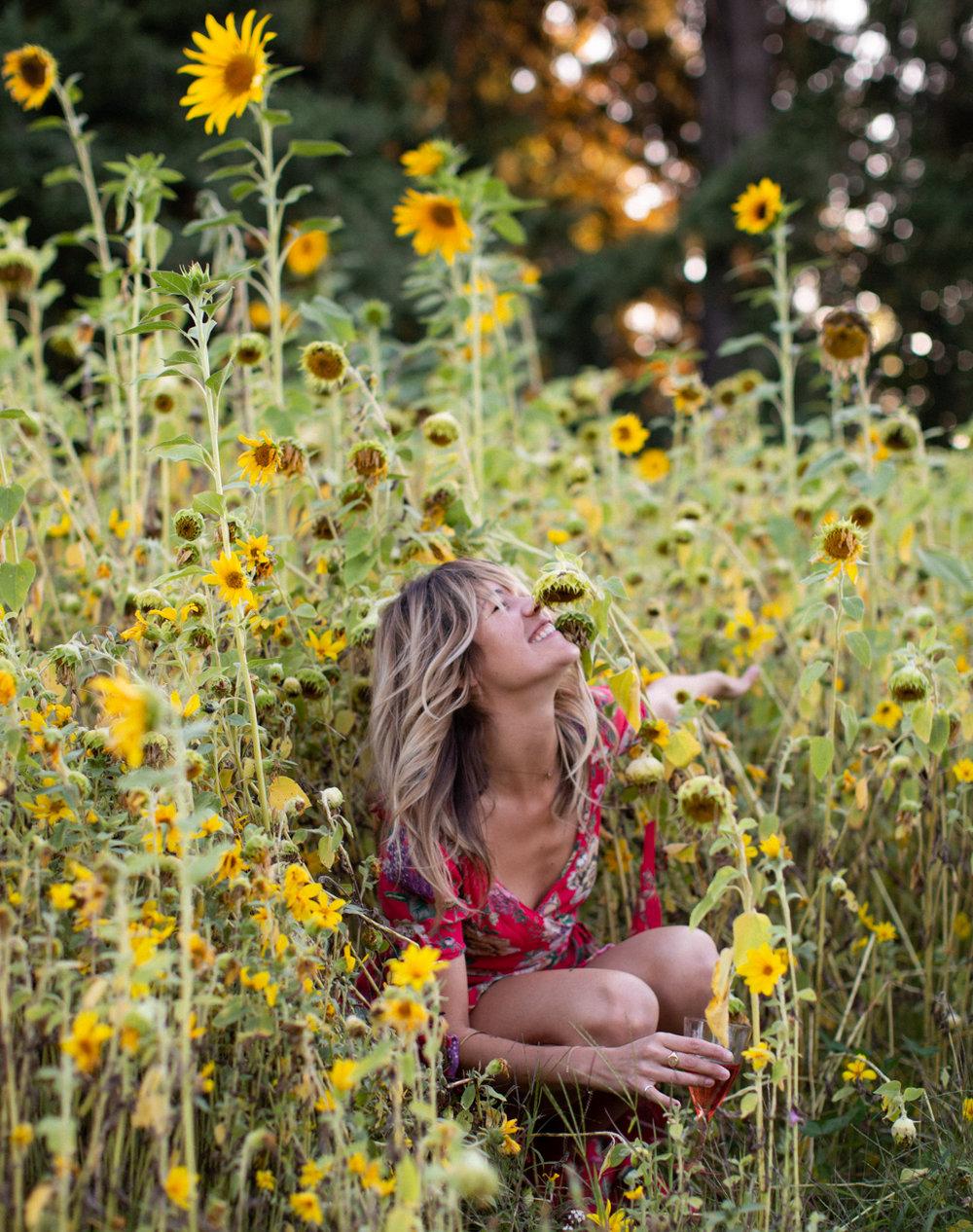 Backyard Flower Power Birthday_Olivia Ashton Photography-1-13.jpg