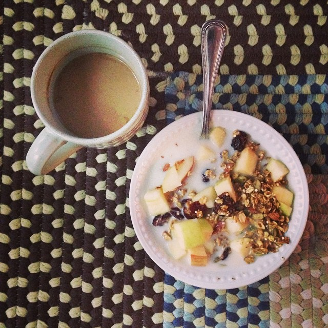 My Fall power breakfast: Pumpkin granola with apple and a pumpkin latte (#thekitchn)
