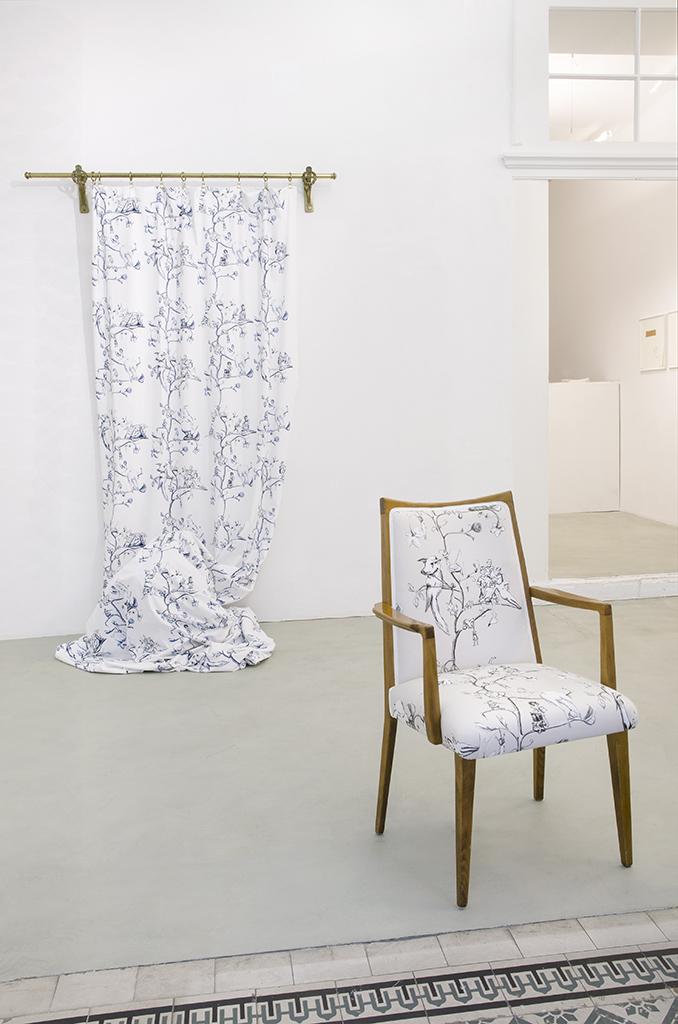 Vorsicht, die Furnier!_Catharina Bond at Galerie Reinthaler_2015_Foto Julia Gaisbacher_03.jpg
