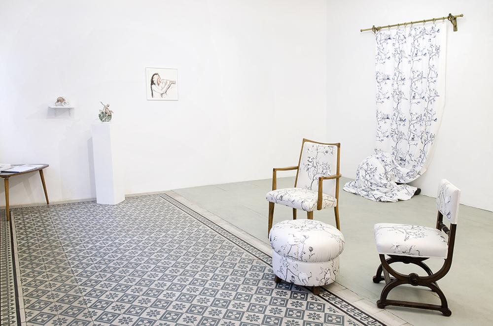 Vorsicht, die Furnier!_Catharina Bond at Galerie Reinthaler_2015_Foto Julia Gaisbacher_10.jpg