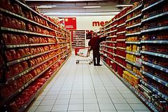supermarket-aisle