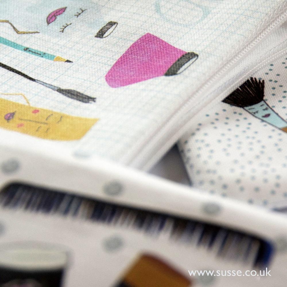 Zipper-Bags-Happy-Work-4-Susse-sq.jpg