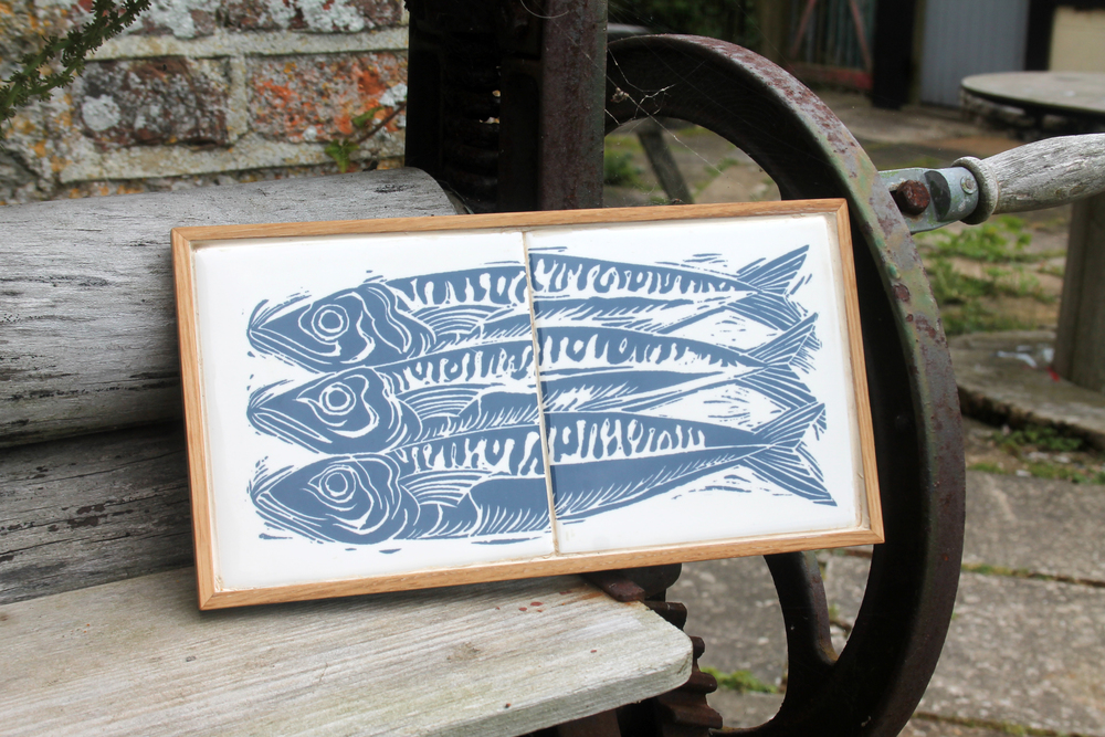 Cardabelle - Mackerel trivet on mangle.jpg