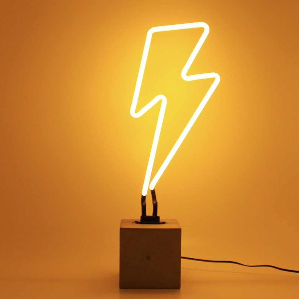 LIGHTNING BOLT NEON LIGHT
