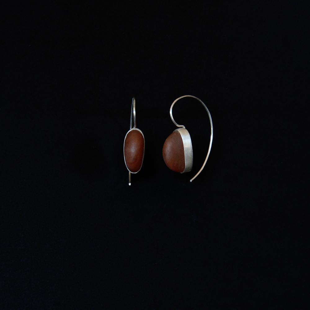 beach-pebble-earrings-red-michelle-hoting-web.jpg