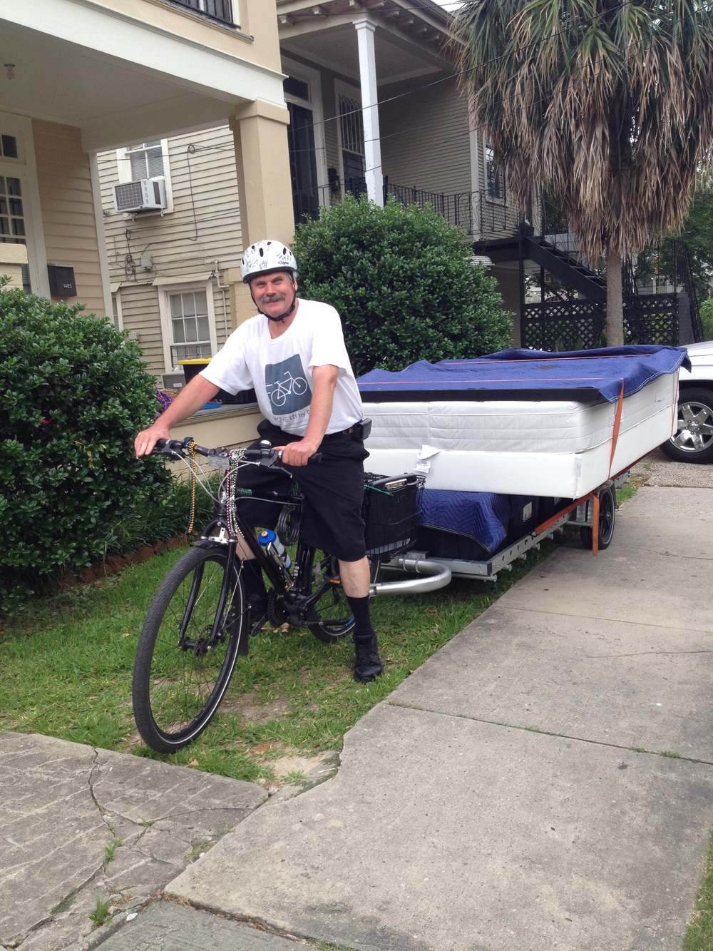 Alexa's roomy took this picture so Tim could be in it.  Loaded and ready to go is Alexa's bed.