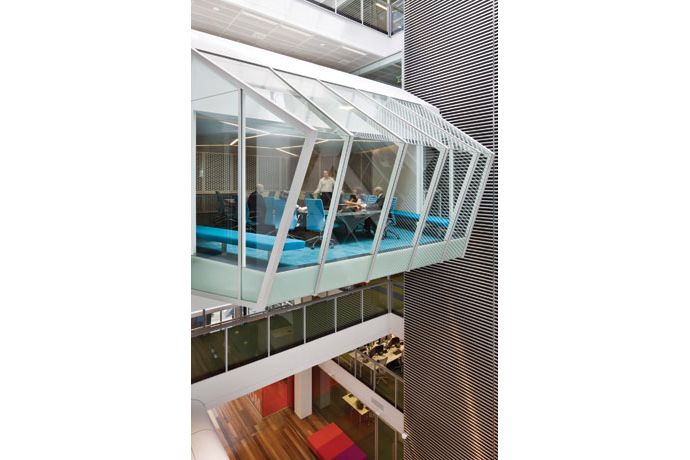 maquarie group headquarters: bank offices in sydney australia 5