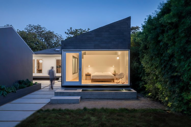 Rear Window House Modern Addition In Culver City Los Angeles - Home additions los angeles