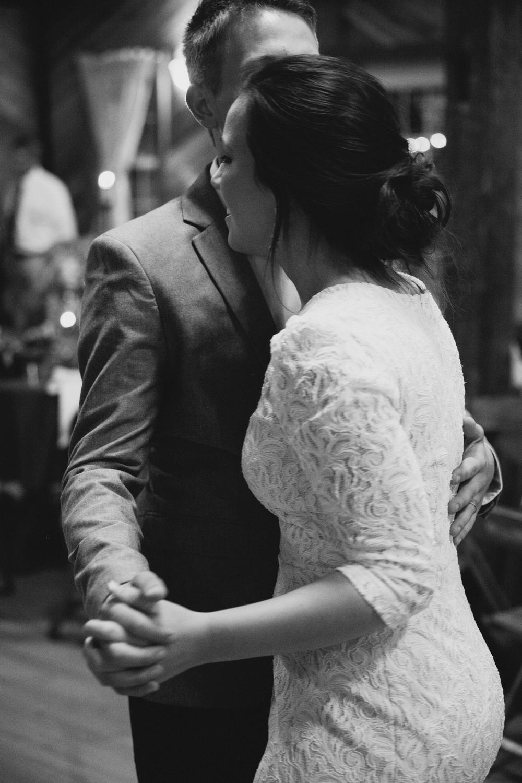 devon_julie_indiana_wedding_blog-3.jpg