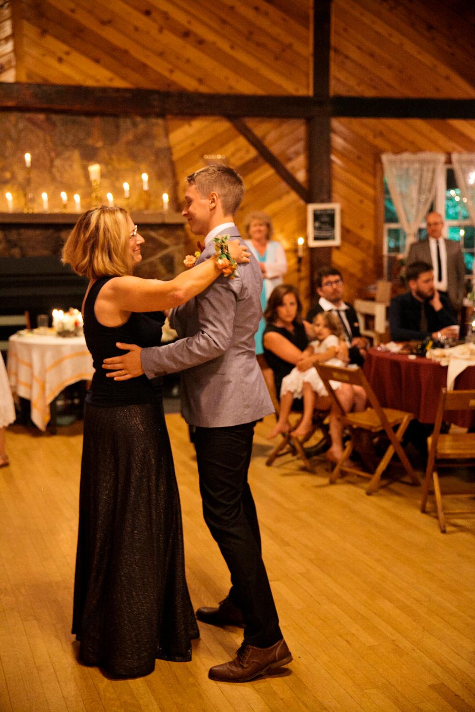 devon_julie_indiana_wedding_blog-122.jpg