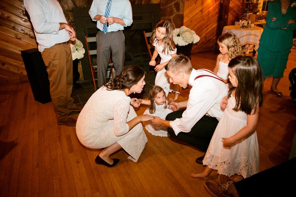 devon_julie_indiana_wedding_blog-141.jpg