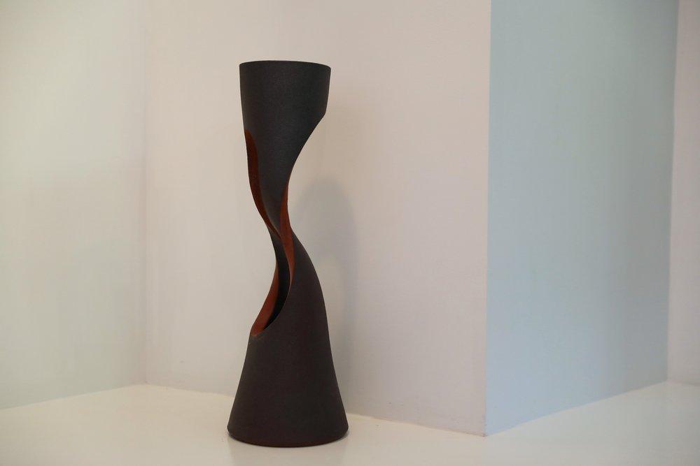 S Vase
