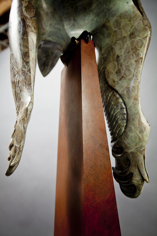 bronze-owl-sculpture-by-john-maisano-8.jpg