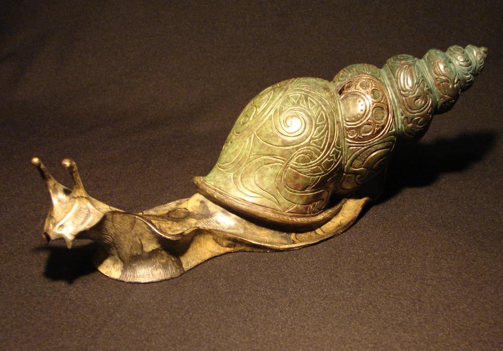 bronze-cone-snail-sculpture-john-maisano-2.jpg