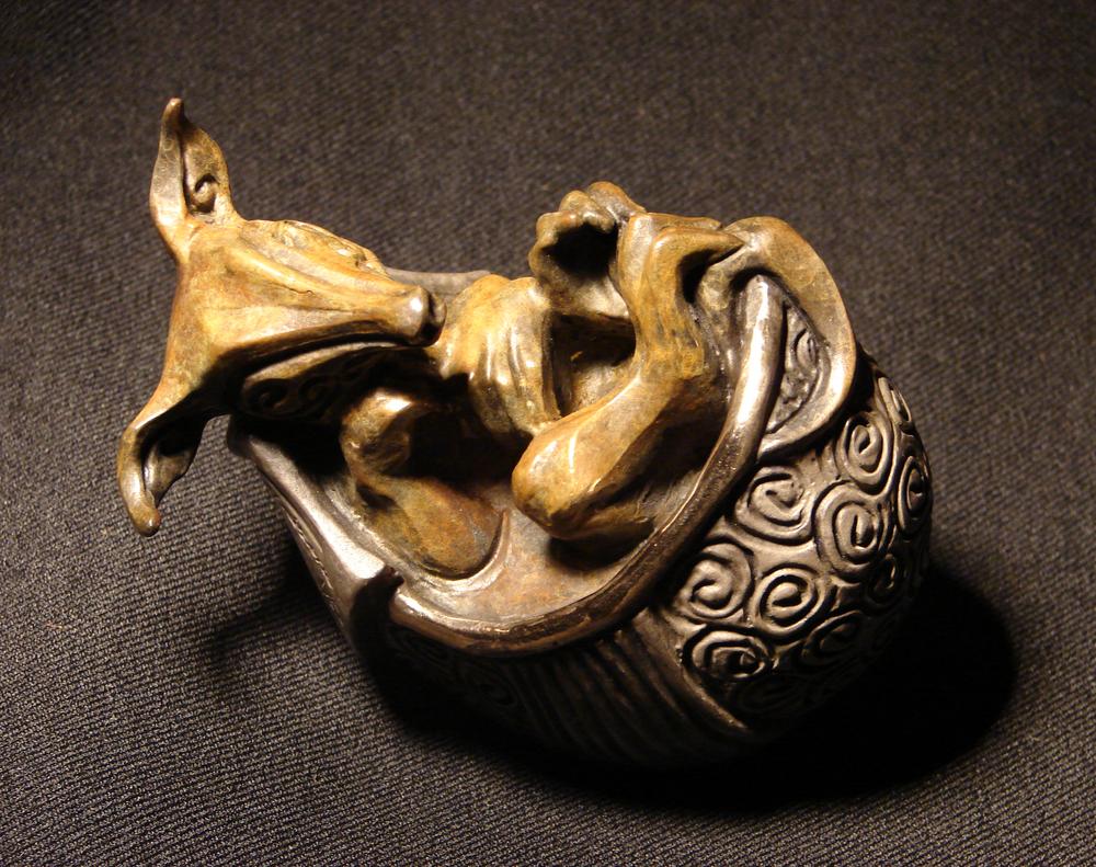 bronze-armadillo-sculpture-john-maisano-3.jpg