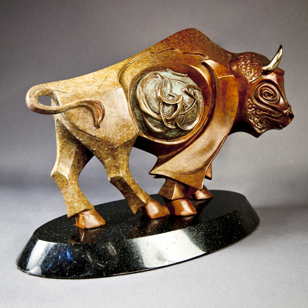 bronze-bison-sculpture-by-john-maisano