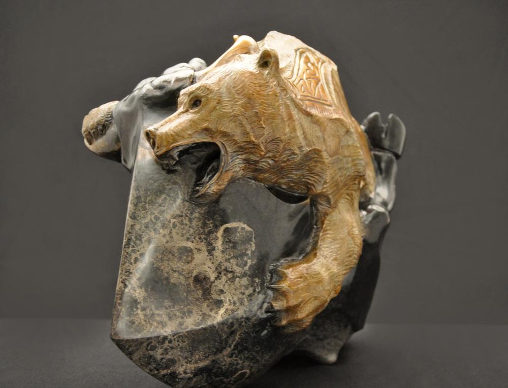 stock-market-bull-bear-bronze-sculpture-john-maisano-2.jpg