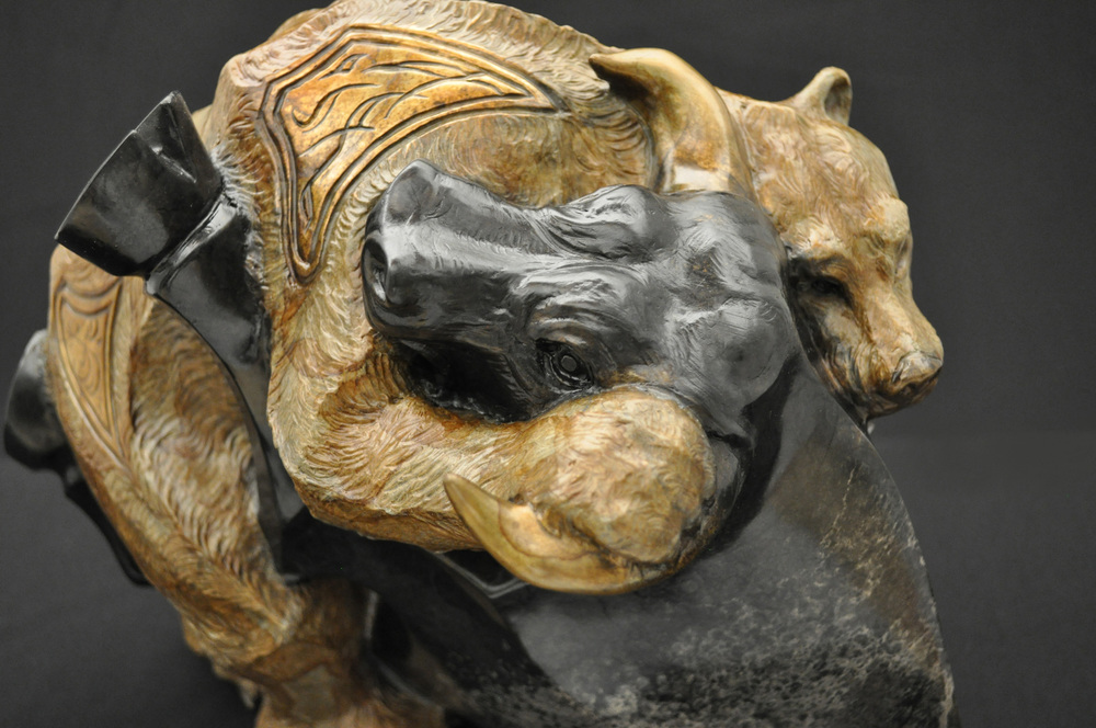 stock-market-bull-bear-bronze-sculpture-john-maisano-15.jpg
