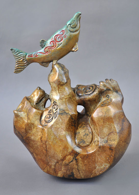 bear-salmon-fish-bronze-sculpture-john-maisano-folio.jpg
