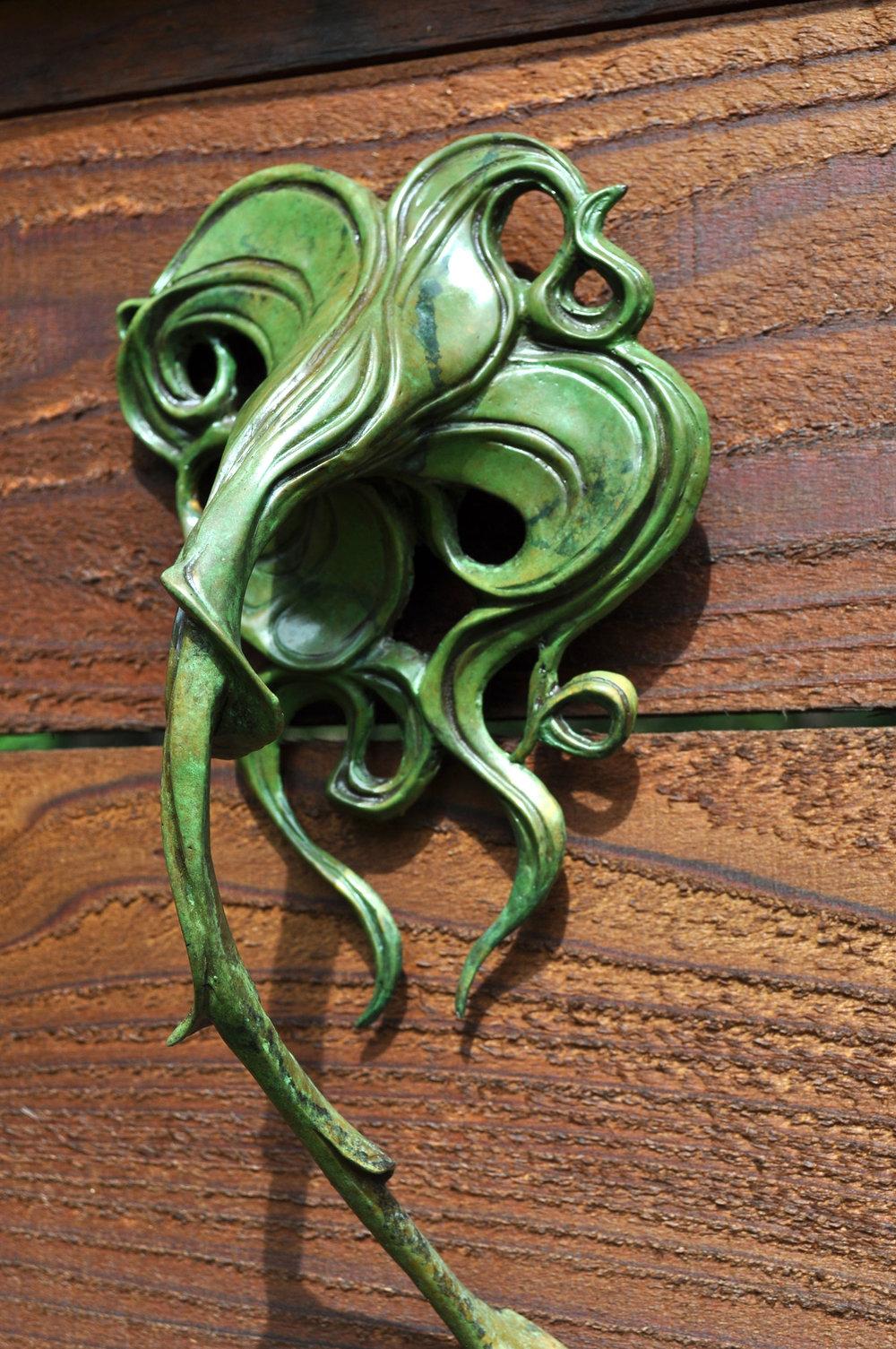 Bronze-Hummingbird-Flower-Sculpture-John-Maisano-3.jpg