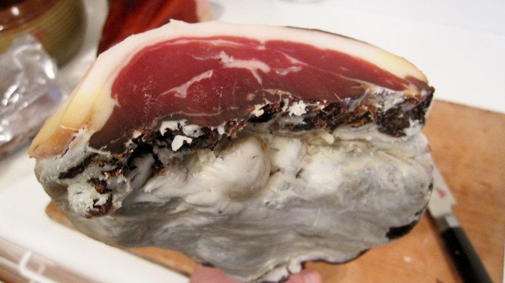 Bio-dynamic ham, cross section