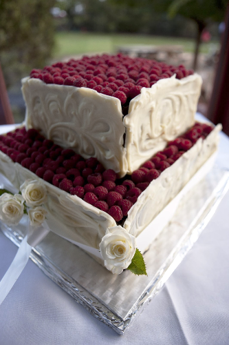 Probably the most divine wedding cake I've ever seen & shot!