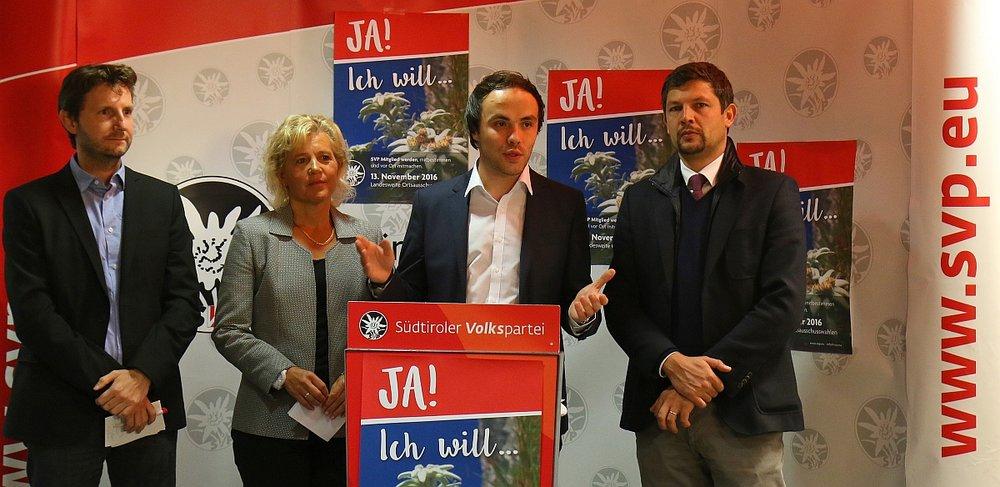 Vorstellung der Kampagne zur Neuwahl der SVP-Ortsausschüsse.