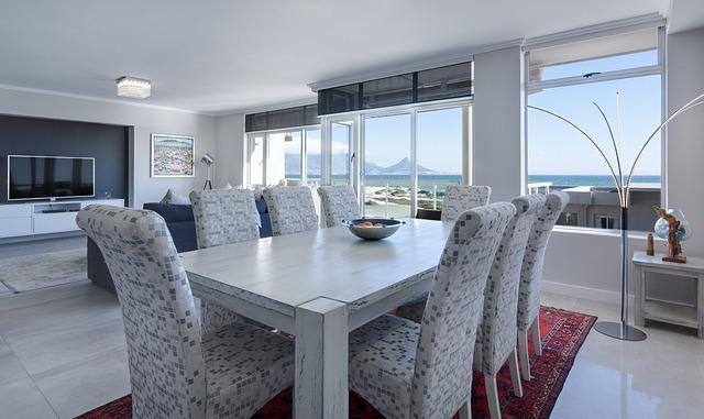 modern-minimalist-dining-room-3108037_640.jpg