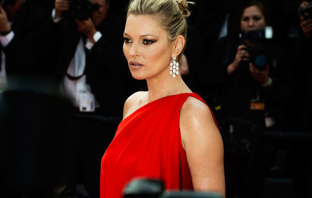 KATE MOSS  Gown: Vintage Halston | Jewels: Chopard