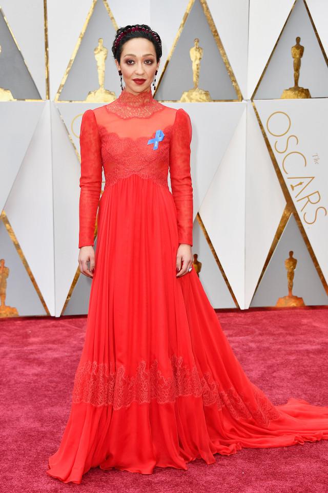 Ruth Negga Oscars 2017 Red Carpet Jewellery