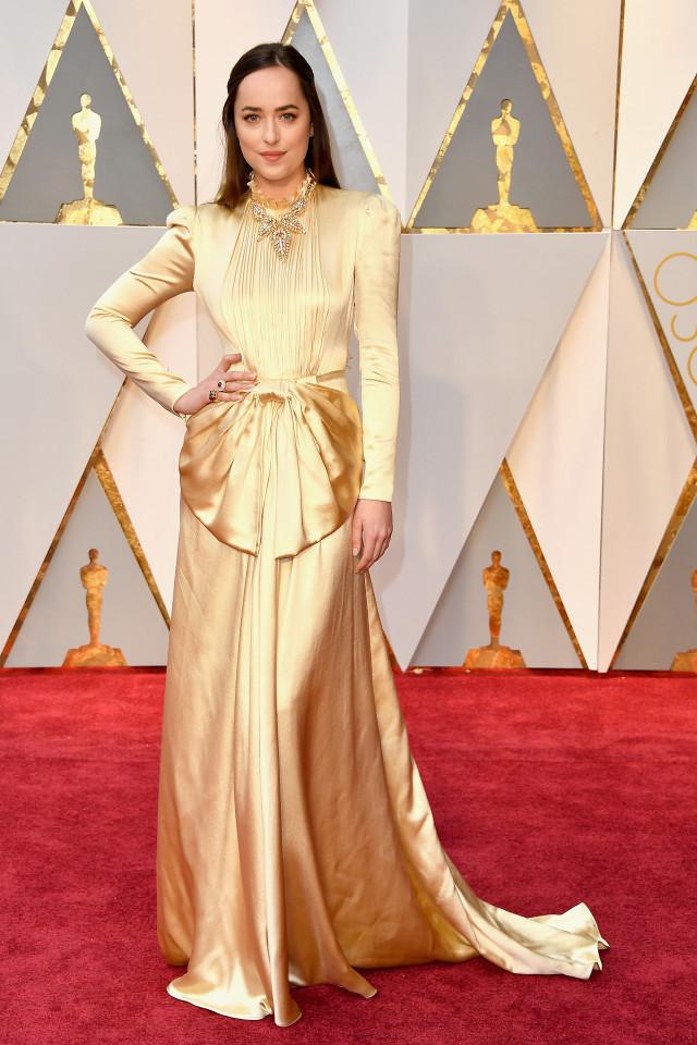 Dakota Johnston Oscars 2017 Red Carpet Jewellery