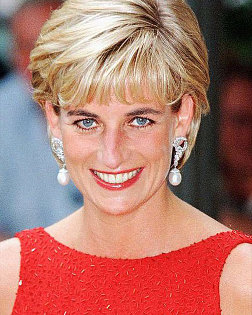 Princess Diana wearing pearl and diamond earrings