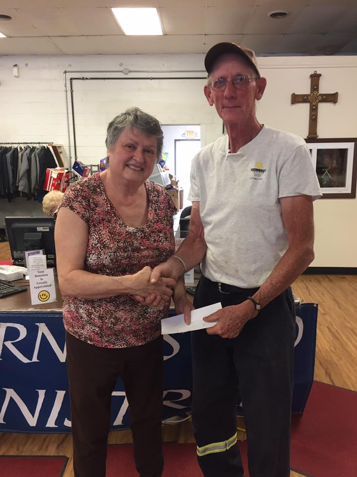 Exalted Ruler Joe Rominger, presents a $1,000 check to Journey's End Director, Janet Gore. Newcomerstown Elks Lodge was granted these monies through a Gratitude Grant through the Elks Grand Lodge . Newcomerstown Elks are proud to advance the needs of the less fortunate.