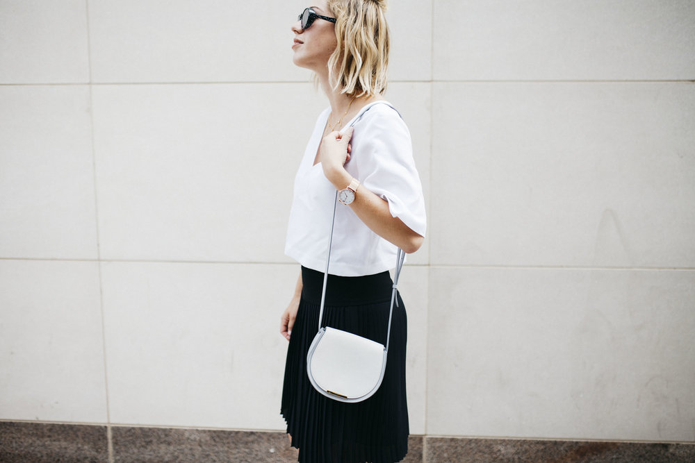 Cuyana-Mini-Saddle-Bag