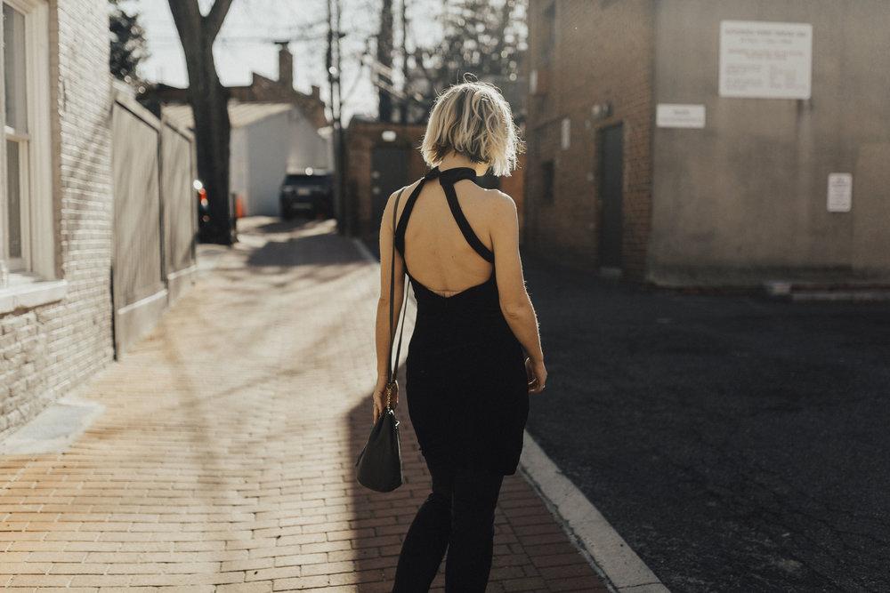 tobi-velvet-dress