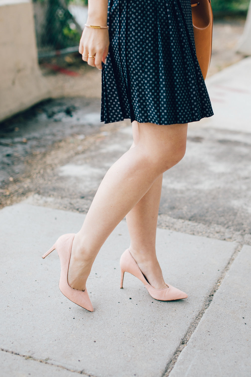blush-pumps