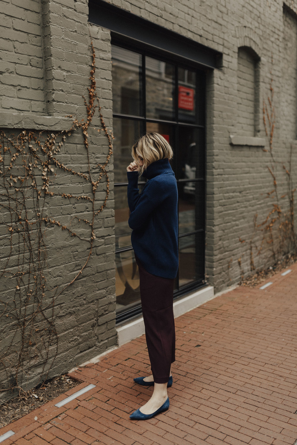 navy-and-maroon-outfit