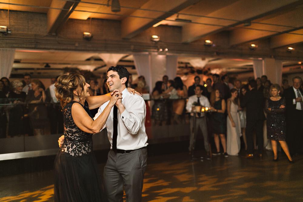 Venue One Chicago _ Rachel Gulotta Photography-100.jpg