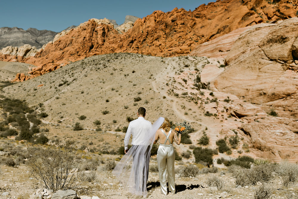 vegas elopement photography red rock canyon elvis-32.jpg