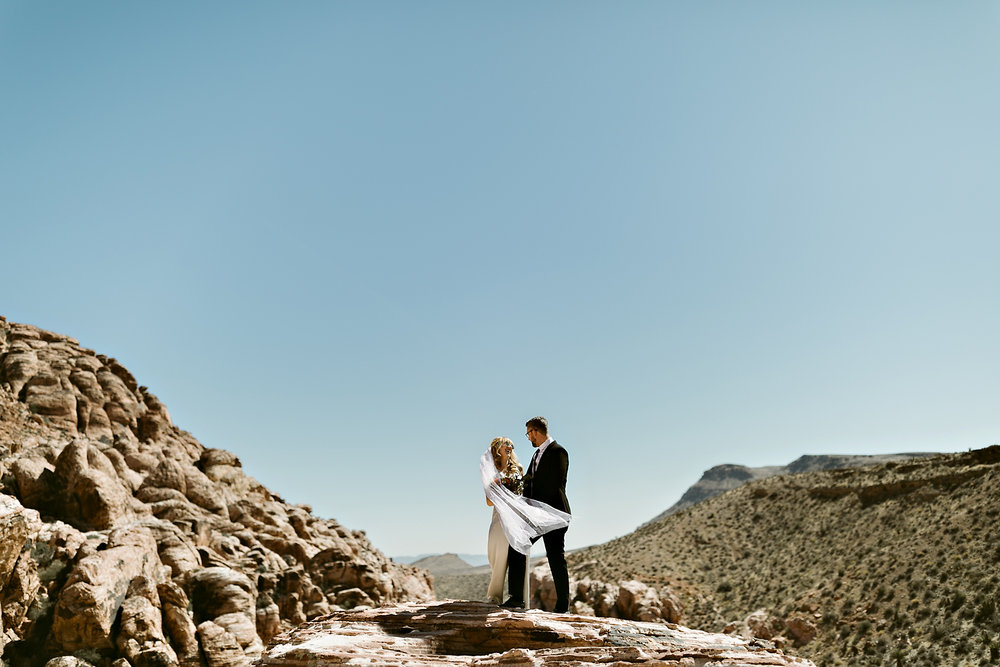 vegas elopement photography red rock canyon elvis-37.jpg
