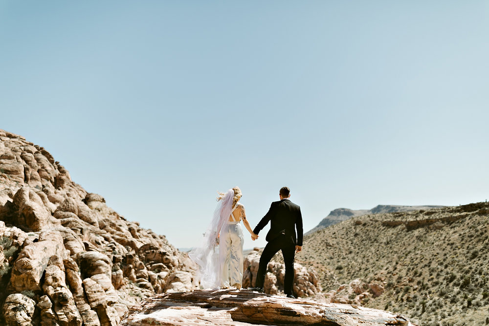 vegas elopement photography red rock canyon elvis-38.jpg