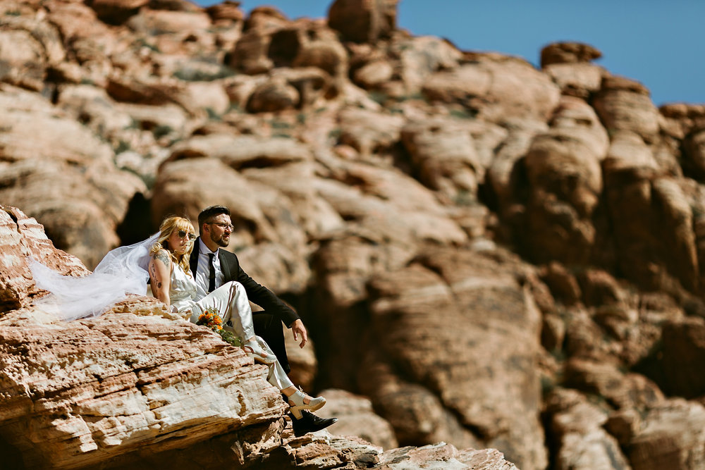 vegas elopement photography red rock canyon elvis-41.jpg