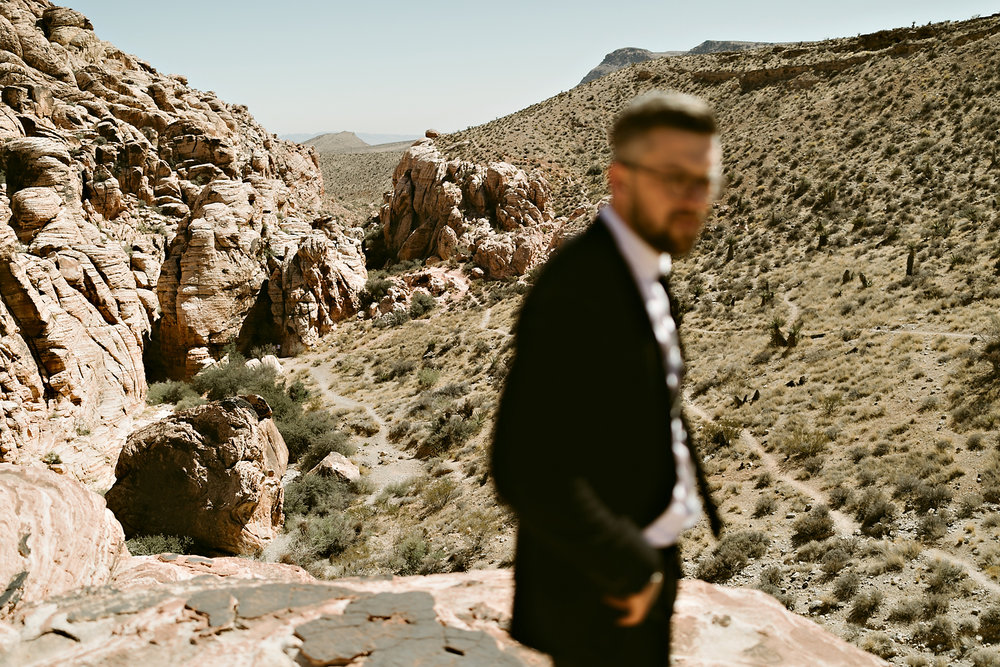 vegas elopement photography red rock canyon elvis-40.jpg