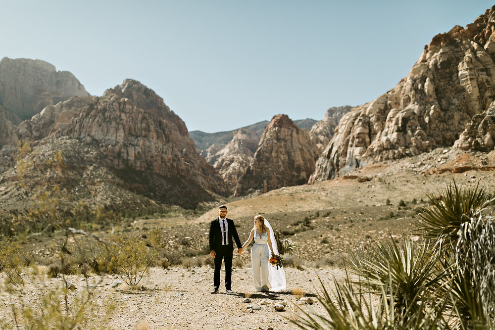 vegas elopement photography red rock canyon elvis-55.jpg