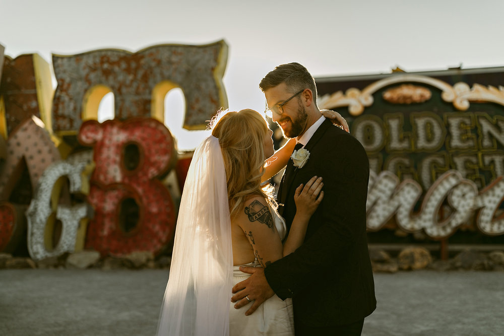 vegas elopement photography red rock canyon elvis-111.jpg